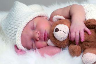 B12 – schützt vor Neuralrohrdefekten bei Säuglingen