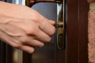 Zwanghaftes Verhalten beschäftigt Betroffene in Extremfällen viele Stunden am Tag