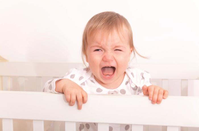 kind-schlafsJedes fünfte Grundschulkind kann nicht richtig einschlafen oder durchschlafen. Die Folgen sind Müdigkeit, Unaufmerksamkeit und Konzentrationsstörungen