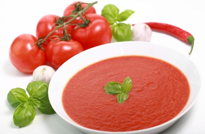 Verarbeitete Tomaten enthalten mehr Lycopin als frische Früchte und helfen damit, das Schlaganfallrisiko zu senken. Den höchsten Lycopingehalt hat die Gac-Frucht