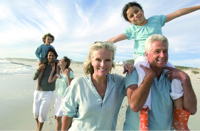 Wer in Urlaub fährt, möchte auch während seiner Reise gesund und vital bleiben. Deshalb rechtzeitig an die Mitnahme von Medikamenten denken.