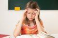Hilfe bei Migräne: Viele Kinder könnten ihre Kopfschmerzen mit Entspannungstechniken lindern.
