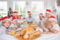 Magenprobleme mit Völlegefühl, Sodbrennen und Blähungen sind nach dem Weihnachtsessen keine Seltenheit - Hausmittel können helfen