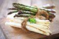 Richtig geschält und gekocht ist der Spargel eine Delikatesse. Darüber hinaus ist der Spargel auch für die Gesundheit gut – aber nicht für jedermann