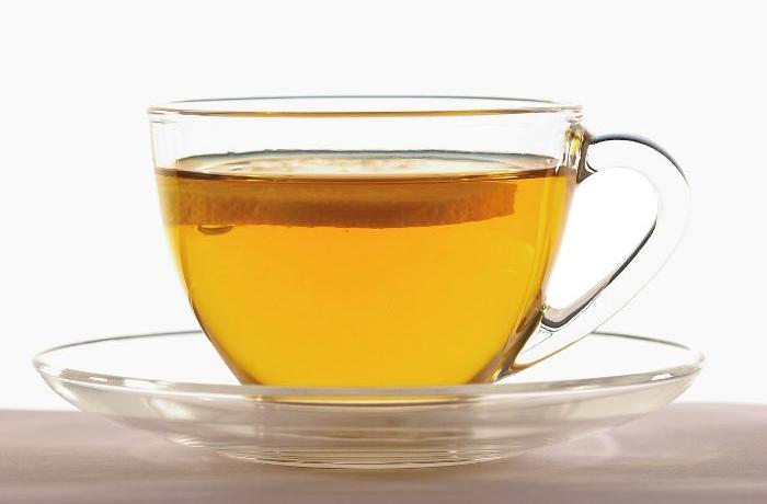Die Gerbstoffe in Tee können Heilungsprozesse unterstützen.