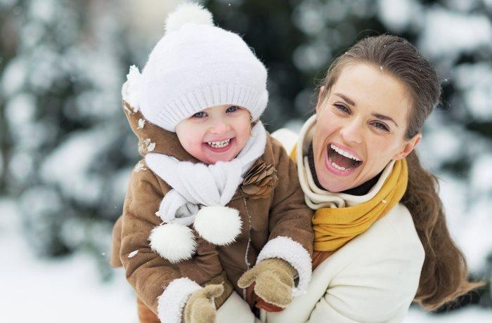 Was essen bei Magen-Darm? Was hilft gegen Halsschmerzen? – Oftmals schaffen schon natürliche Mittel Abhilfe bei typischen Winterproblemen.