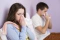 Ob Grippe, Erkältung, Allergie, eine verkrümmte Nasenscheidewand oder zu enge Nasennebenhöhlenöffnungen – eine verstopfte Nase kann zu Nasennebenhöhlenentzündungen führen.