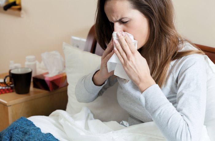 Achtung bei ständig verstopfter Nase. Dauerhaft entzündete Nasennebenhöhlen können sich zu einer chronischen Sinusitis entwickeln.