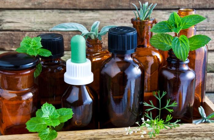 Die Spagyrik dient meist als Ergänzungstherapie bei verschiedenen Krankheiten. Dazu wird auch wie in der Homöopathie potenziert.