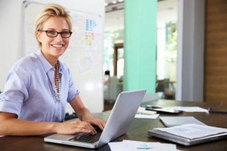 Ärzte sehen die Suche nach Gesundheitsinformationen im Netz oft kritisch, denn sie halten viele Nutzer für überfordert, die gesuchten Informationen richtig einzuordnen.