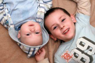 Laut Heilpraktikerin Heike Dahl werden Jungen mit Phimose bzw. Vorhautverengung zu früh operiert.  | Bild: Joanna Zielinska – Fotolia