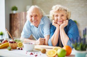 Um Darmbeschwerden zu begrenzen, sollten bei Fructose-Intoleranz Lebensmittel aufmerksam ausgewählt werden.