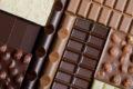 Im Stresszustand brauchen wir erst recht Vitamine und Nährstoffe. Stattdessen greifen manche zu fettreicher oder süßer Nahrung, andere verlieren den Appetit. Das kann sich negativ auf das Gewicht auswirken.