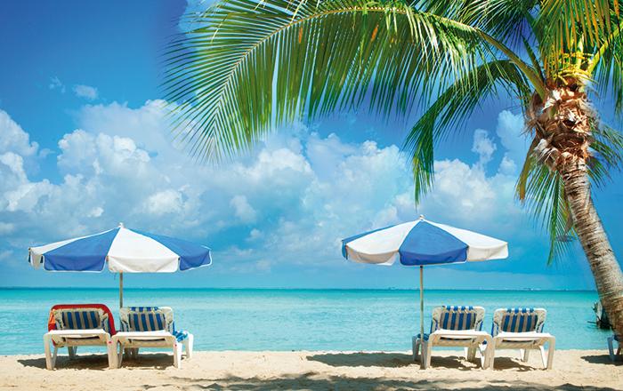 Reisediarrhö ist einer der häufigsten Urlaubsbegleiter. Sie wird meistens durch Bakterien in Speisen oder Wasser verursacht.