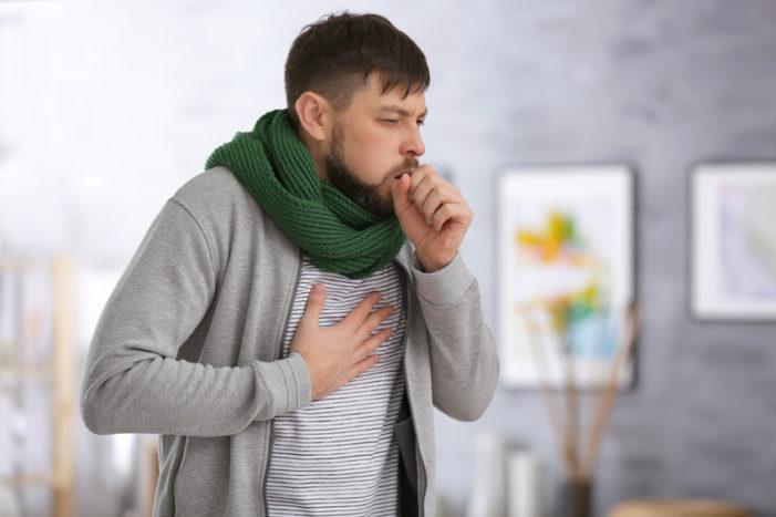 Eine Dauererkältung kann Ursache für Folgeerkrankungen wie Sinusitis (Nasennebenhöhlenentzündung) oder Bronchitis sein.