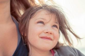 Vitamine für Kinder – frühzeitig mit supplementieren beginnen. | Bild: Image'in - Adobe Stock