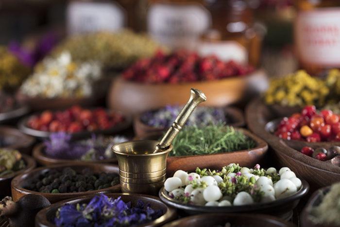 Schon in der indianischen Heilkunst wurde sich natürlicher Mittel bedient, um Krankheiten zu behandeln.